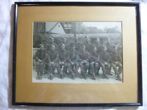 Vintage-World-War-II-ARMY-PHOTOGRAPH-14-Soldiers-Coropral-Sergeant-WW2-Militaria