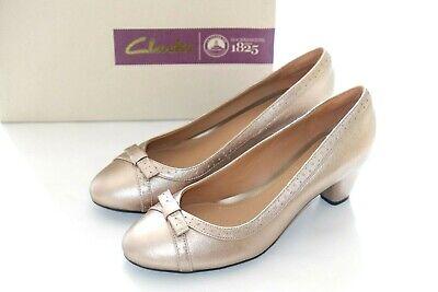 Details about  /Ladies Clarks Low Heeled Court Shoes Denny Dazzle
