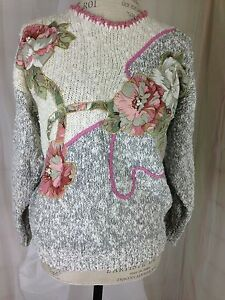 Pink-and-Grey-Pullover-Sweater-Size-Medium-w-Floral-Appliques-amp-Faux-Pearls