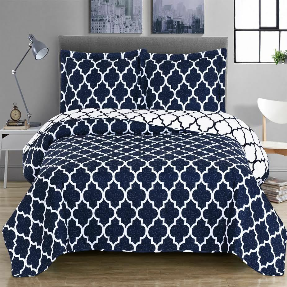Elegance Coverlet Set with a Beautiful MGoldccan-inspirot print, OverGrößed Quilt
