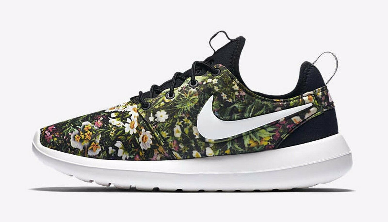 """Nike Roshe Two Two Two Print """"Spring Garden"""" Black Summit Wht-Pink 844933-004 Wmn Sz 9 5d7a81"""