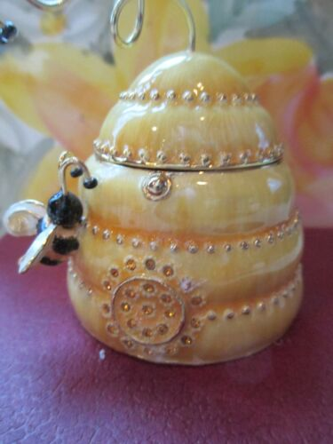 BEE HIVE BEJEWELED TRINKET BOX ENCRUSED WITH AUSTRIAN CRYSTALS    3439