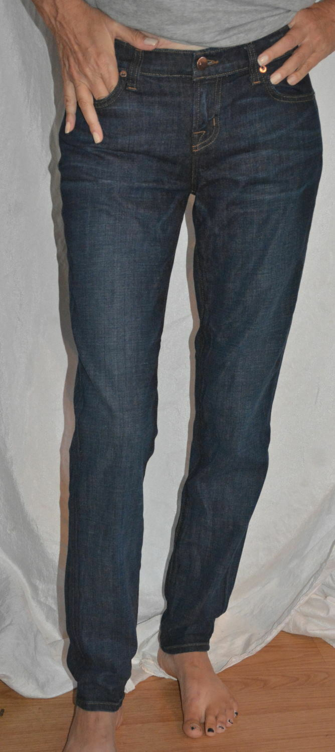 J Brand Midori Boyfriend Jeans in Paradise Medium bluee wash size 24 inseam 30