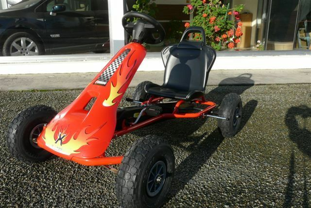 KART A PEDALES ROUGE 8733 -5 11 ANS - FERBEDO