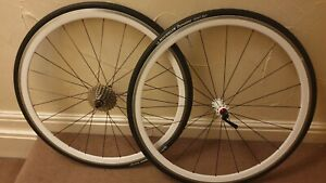 Halo Mercury 700c clincher wheelset with  Michelin tyres