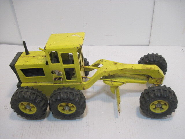 OLD VINTAGE TONKA PRESSED STEEL CONSTRUCTION SET POWER GRADER SPREADER