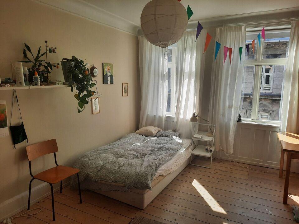 2100 2 vær. lejlighed, 51 m2, Ved Hegnet