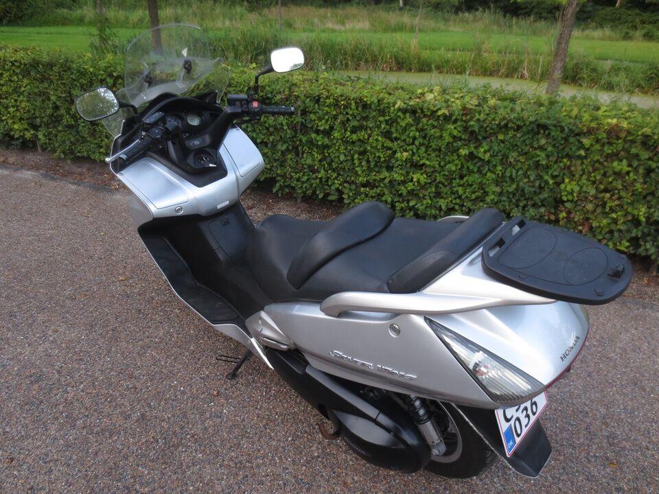 Honda, Honda, FJS Silver Wing