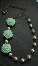 Green Flower Necklace Beaded Cream Ivory Glass Pearls Necklace Vintage Style