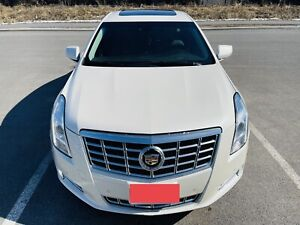 2014 Cadillac XTS sunroof, dual climate, touch screen, bluetooth
