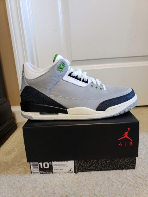 Nike Air Jordan 3 Retro Size 9 Light