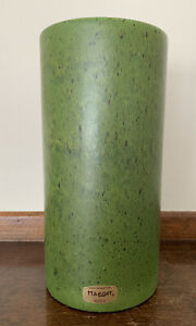 Vintage-Haegar-Sticker-USA-Speckled-Matte-Green-Ceramic-Vase-Planter-9-Tall