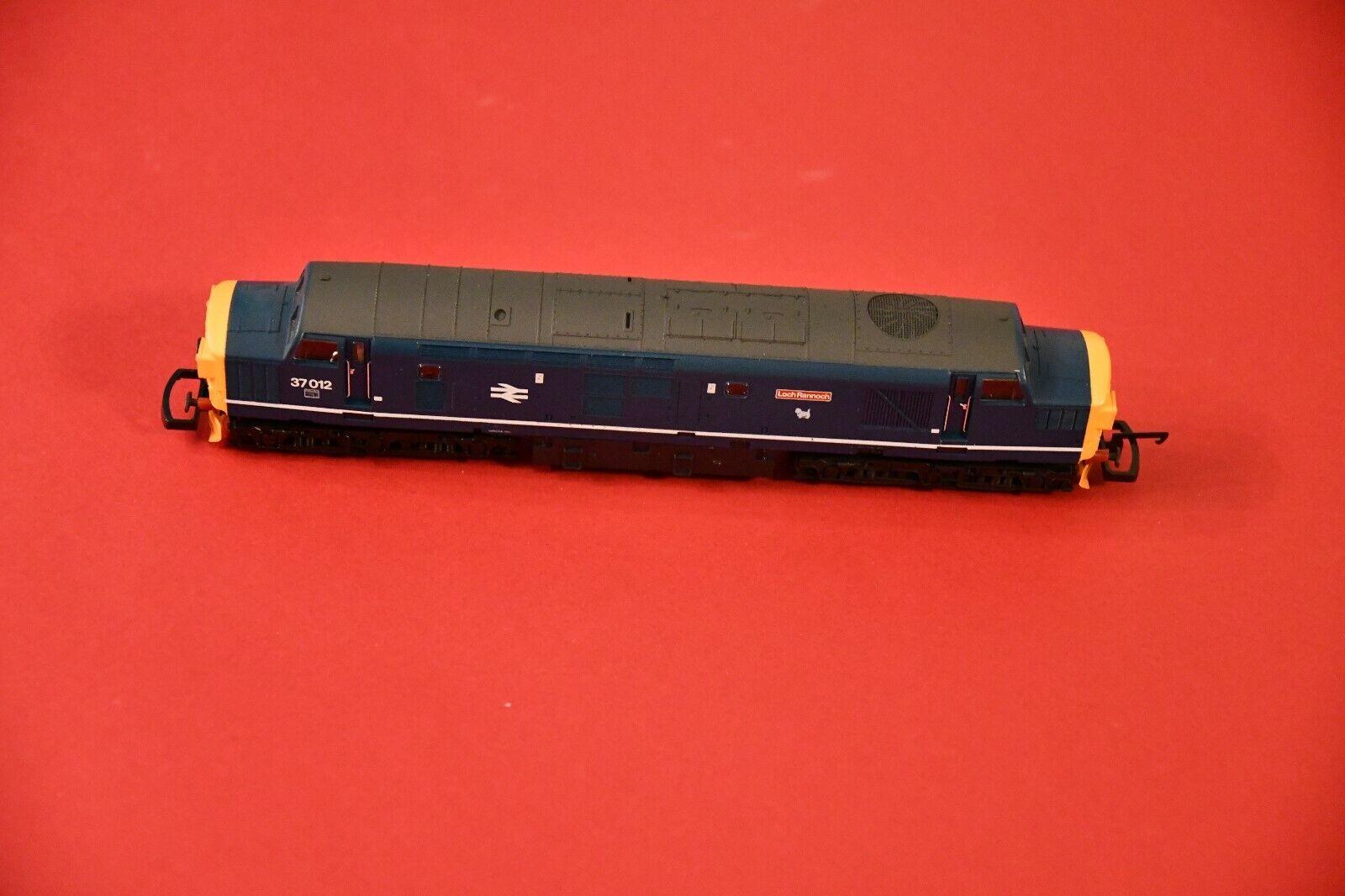 Lima Lok H0 - No 115 - L205172 Class 37 diesel BR azul 37012  Loch Rannoch