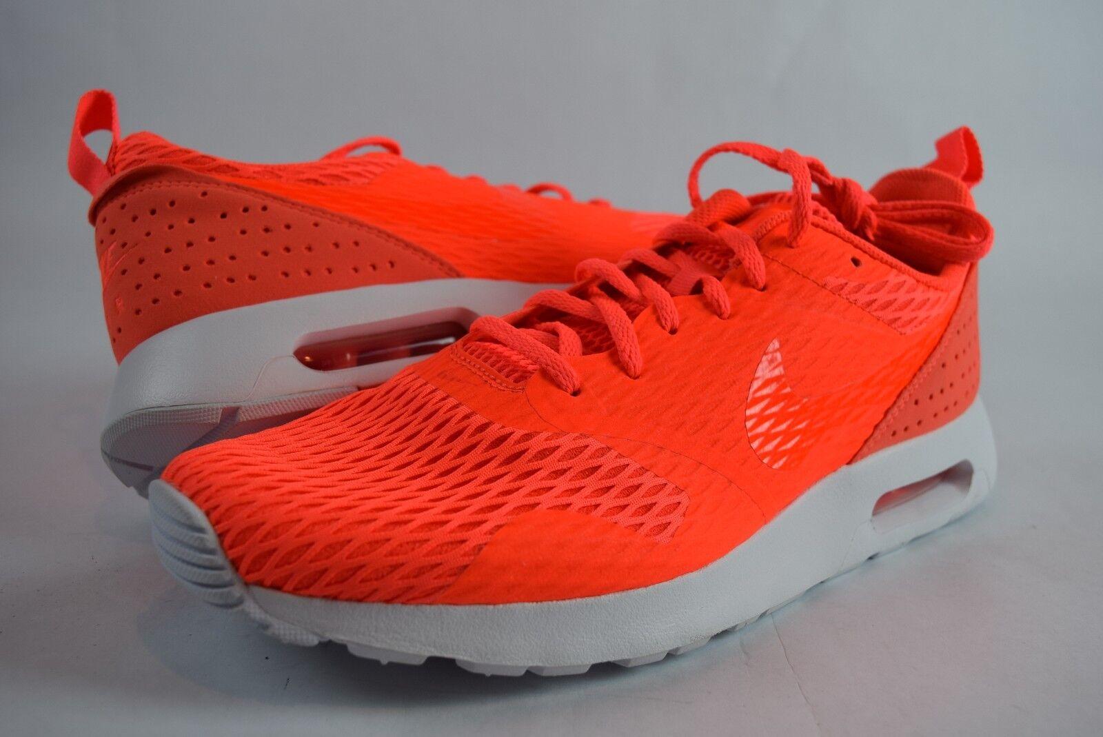 New Mens Nike Air Max Tavas SE Special Edition 718895 800 SZ 11.5 Crimson shoes