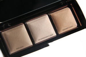 Details About Hourgl Ambient Lighting Palette Three Highlighters Le Nib