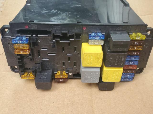 Front Sam Unit Fuse Box Relay 2095452001 03