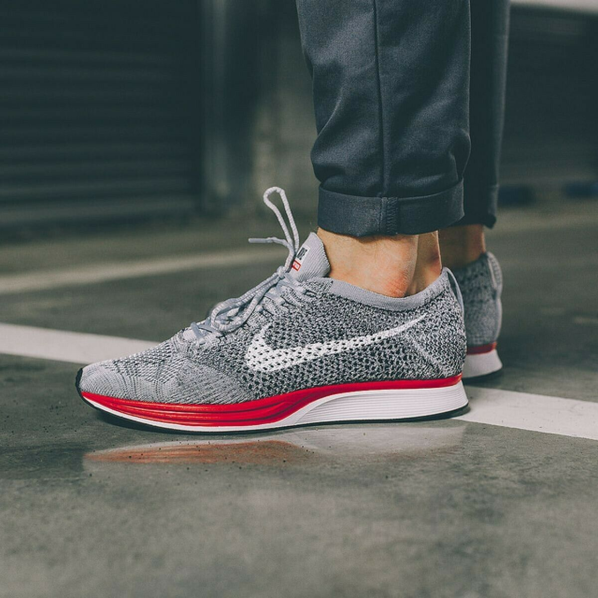 MENS 9.5 WOMENS 11 NIKE FLYKNIT RACER SHOES GREY RED PLATINUM NO PARKING 526628