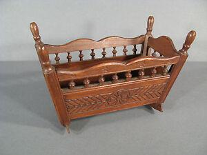 m bel puppen antik stil bretonisch wiege puppen spielzeug antik ebay. Black Bedroom Furniture Sets. Home Design Ideas
