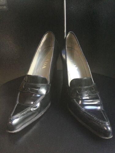 PRADA Black Patent Leather Women's Loafer Pumps Bl