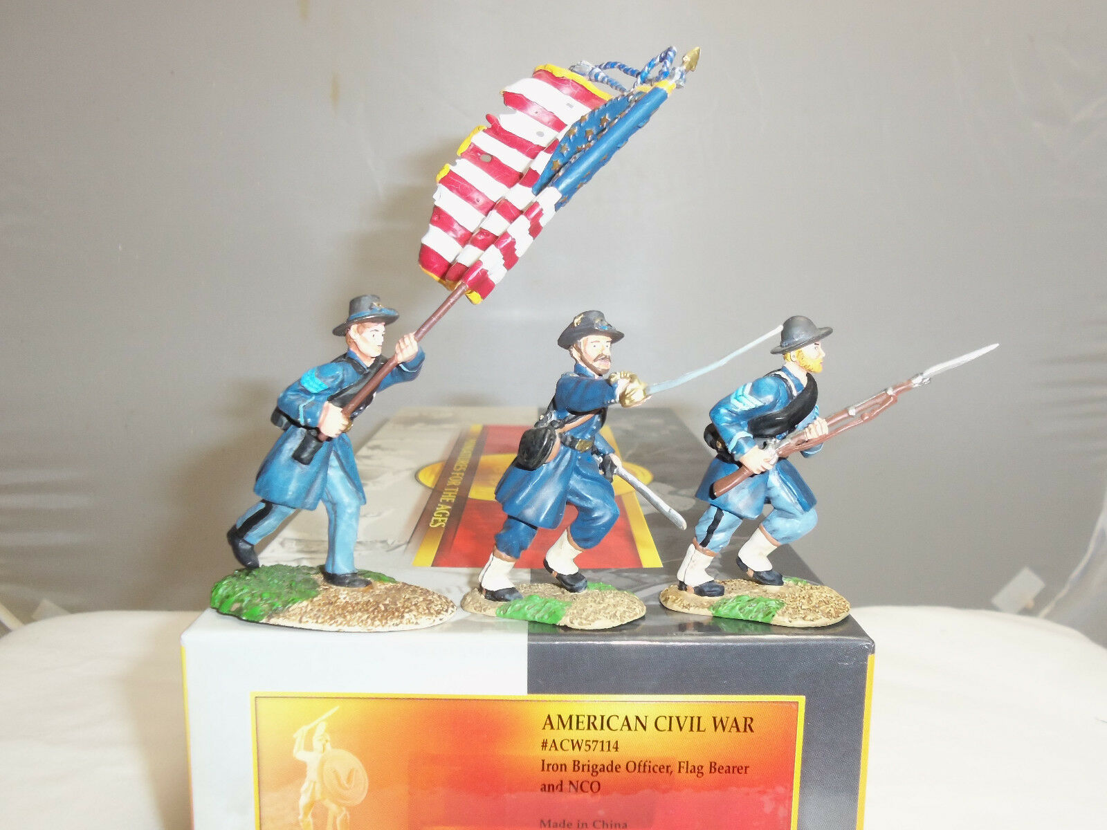 CONTE ACW57114 IRON BRIGADE OFFICER FLAGBEARER + NCO TOY SOLDIER FIGURE SET
