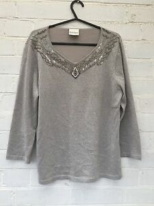 Ladies-stunning-silver-Eastex-top-with-beads-size-12