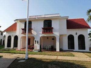 Casa Amueblada en Renta, Fracc. Bugambilias, Coatzacoalcos, Veracruz