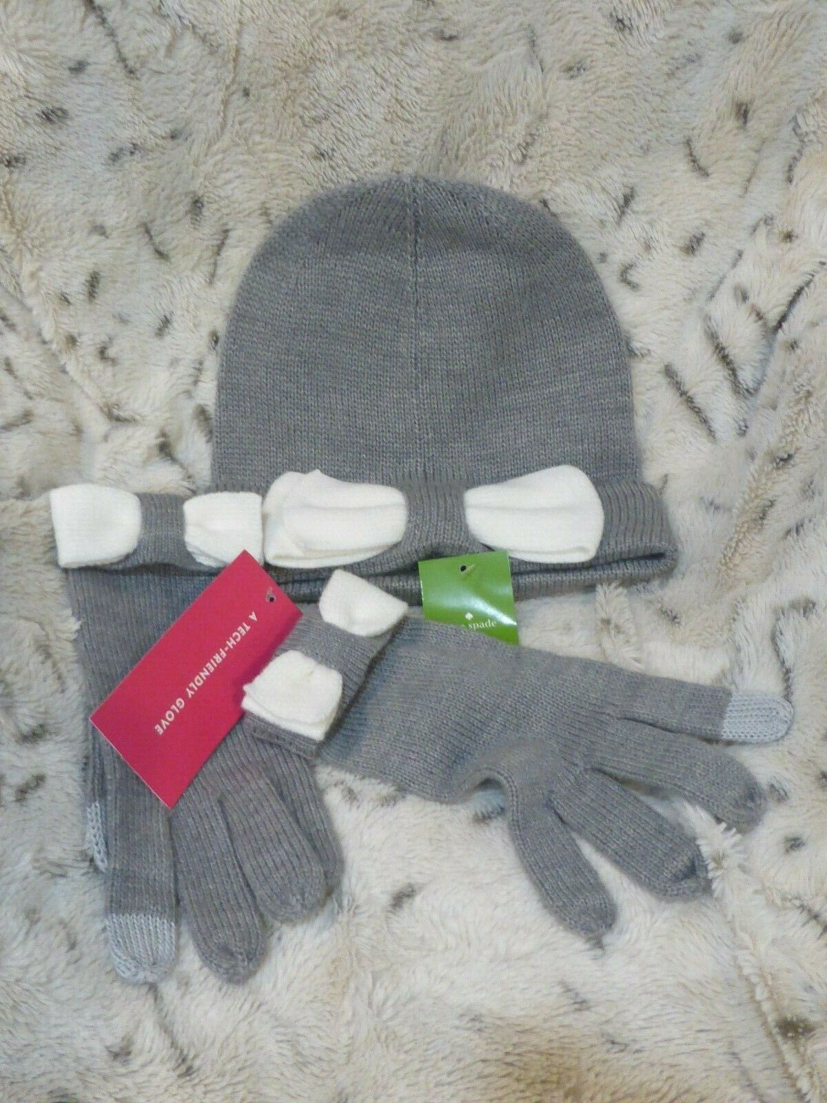 Kate Spade Beanie Bow Hat & Glove Gray & White Set NWT