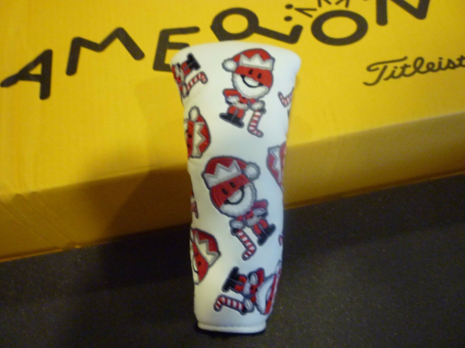 NEW SCOTTY CAMERON TITLEIST PUTTER HEAD COVER HOLIDAY VACATION RARE