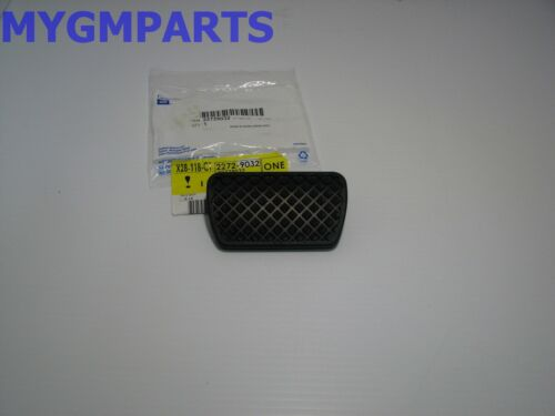 CHEVY HHR RUBBER BRAKE PEDAL PAD WITH AUTOMATIC TRANSMISSION NEW OEM GM 22729032