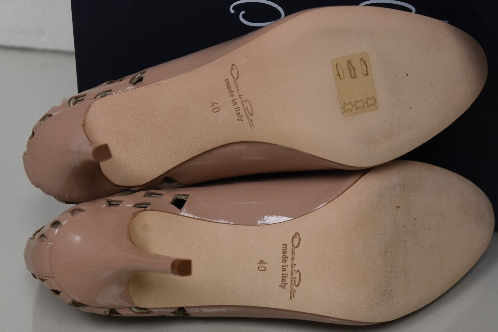 Neuf Oscar Oscar Oscar de la Renta Mlle Elle Coupe Laser Beige Chair Chaussures Vernies 40 8f4b6e