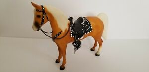 Breyer Traditional Roy Rogers Trigger Western Horse Model #758 STUNNING