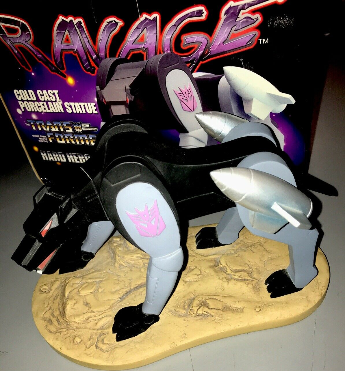 Ravage Transformers Porcelain Bust by Hard Hero Hasbro Statue Decepticon