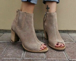 Women's Size 10 Majorca Peep Toe Suede