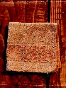 Vtg-Floral-Rosas-Terry-Bano-Mano-Lavar-Toalla-Medio-Siglo-Esculpida-Peach-Orange