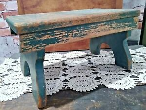 VINTAGE-PRIMITIVE-GREEN-CHIPPY-FOOT-STOOL-Wood-14-034-Long-Country-Green-Paint