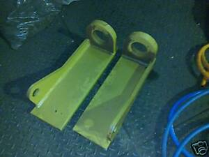 Matbro-telehandler-cone-type-quick-hitch-hook-set