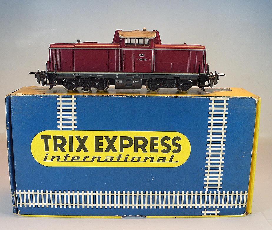Trix Express International h0 diesel avanza V 100 1009 de la DB en o-box  7525