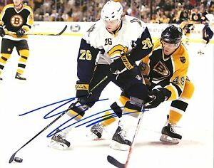 Thomas-Vanek-Hand-Signed-8x10-Photo-Buffalo-Sabres-NHL-Autograph-Picture