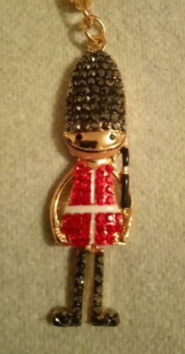 UK Queens guard Soldier Sparkly Cute Bag Charm Keyring Gift Souvenir 6056