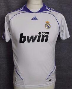 4c228e659 VINTAGE REAL MADRID HOME FOOTBALL SHIRT 06-07 ADIDAS RARE YOUTHS 30 ...