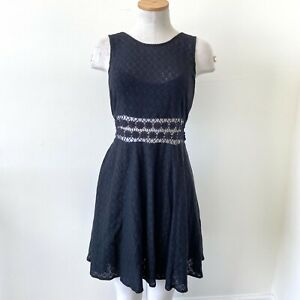 Free-People-Women-Dress-Black-Fit-amp-Flare-SZ-12-Lace-Sleeveless-Crochet-Stretch