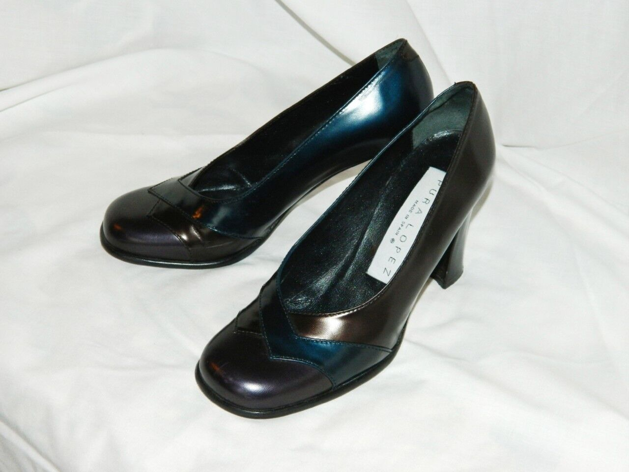 Pura Lopez High Heel Round Toe Pumps in Multi-colord Shimmering Leather, US 6