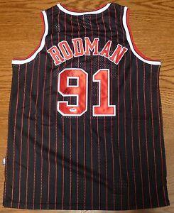 Dennis Rodman Signed Black Chicago Bulls Jersey PSA DNA COA HOF 2011 ... 8fd5b1940