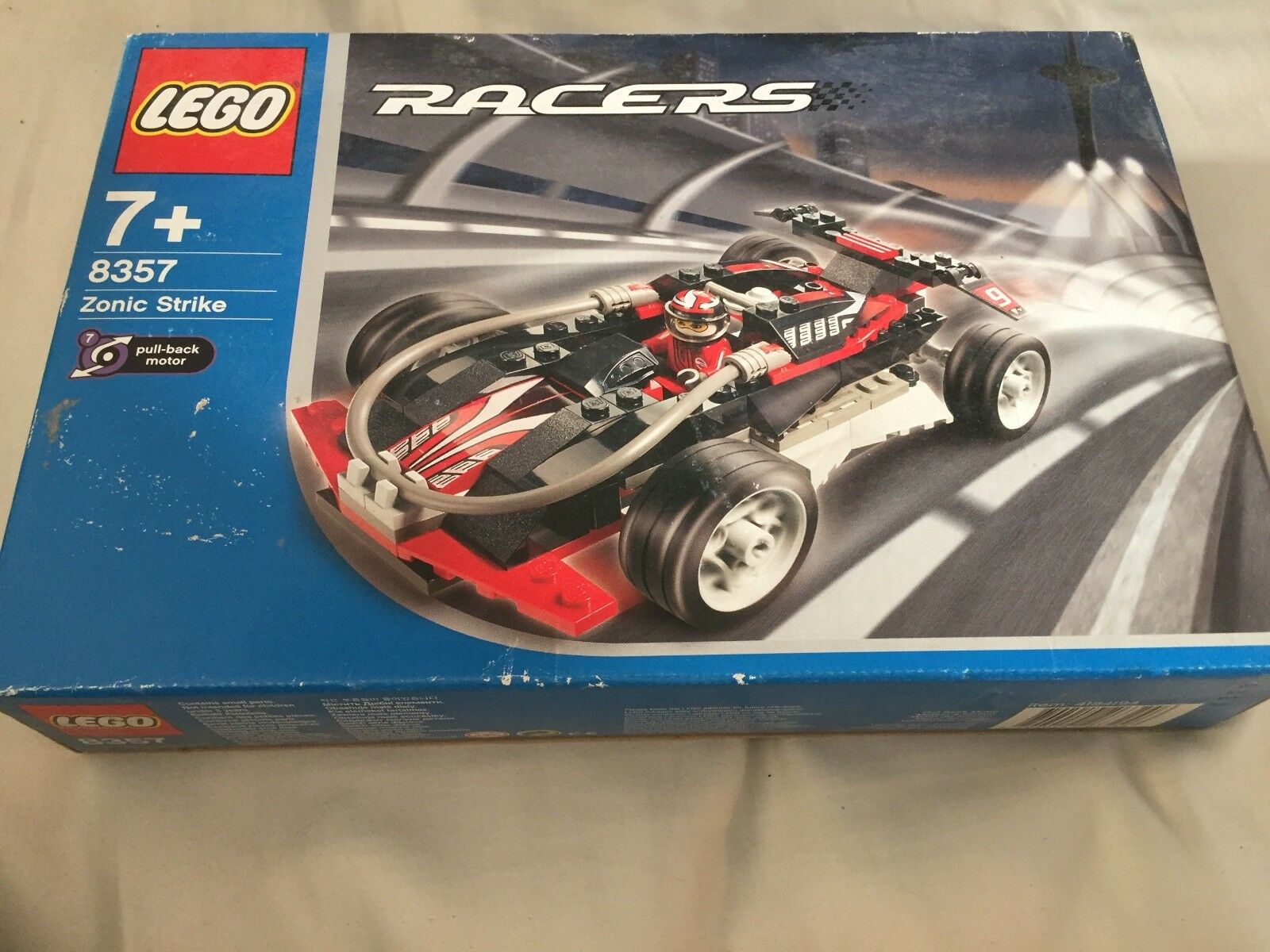 LEGO 8357 - Racers  Drome Racers   Zonic Strike - 2003 new sealed box