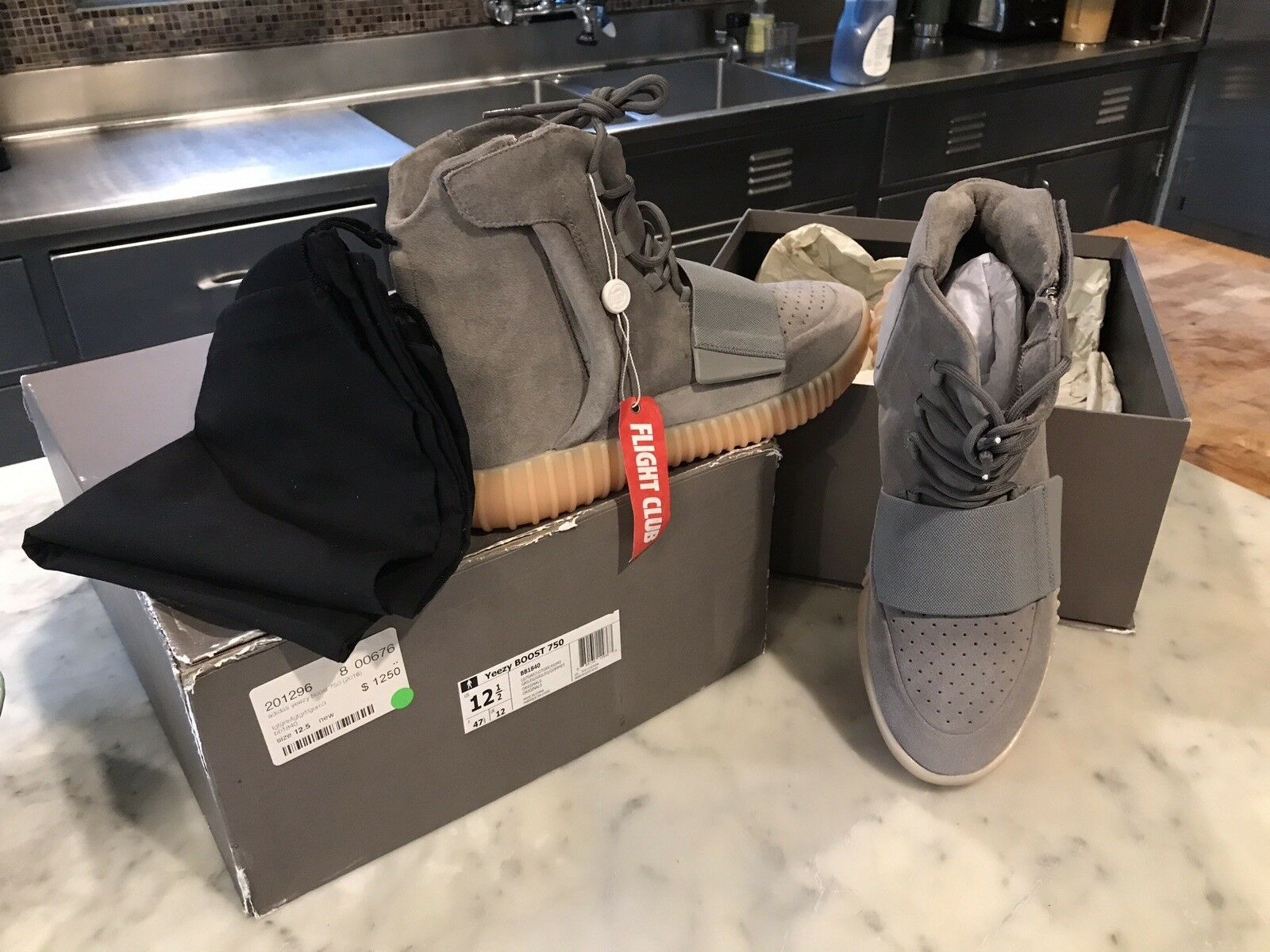 New Yeezy Glow in the Dark BOOST 750 Grey Gums, Size 12.5, AUTHENTIC Flight Club