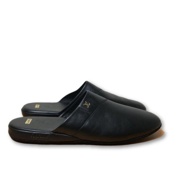 75b8dedc064 Louis Vuitton X Supreme Hugh Black Leather Slippers Sz 10 for sale online