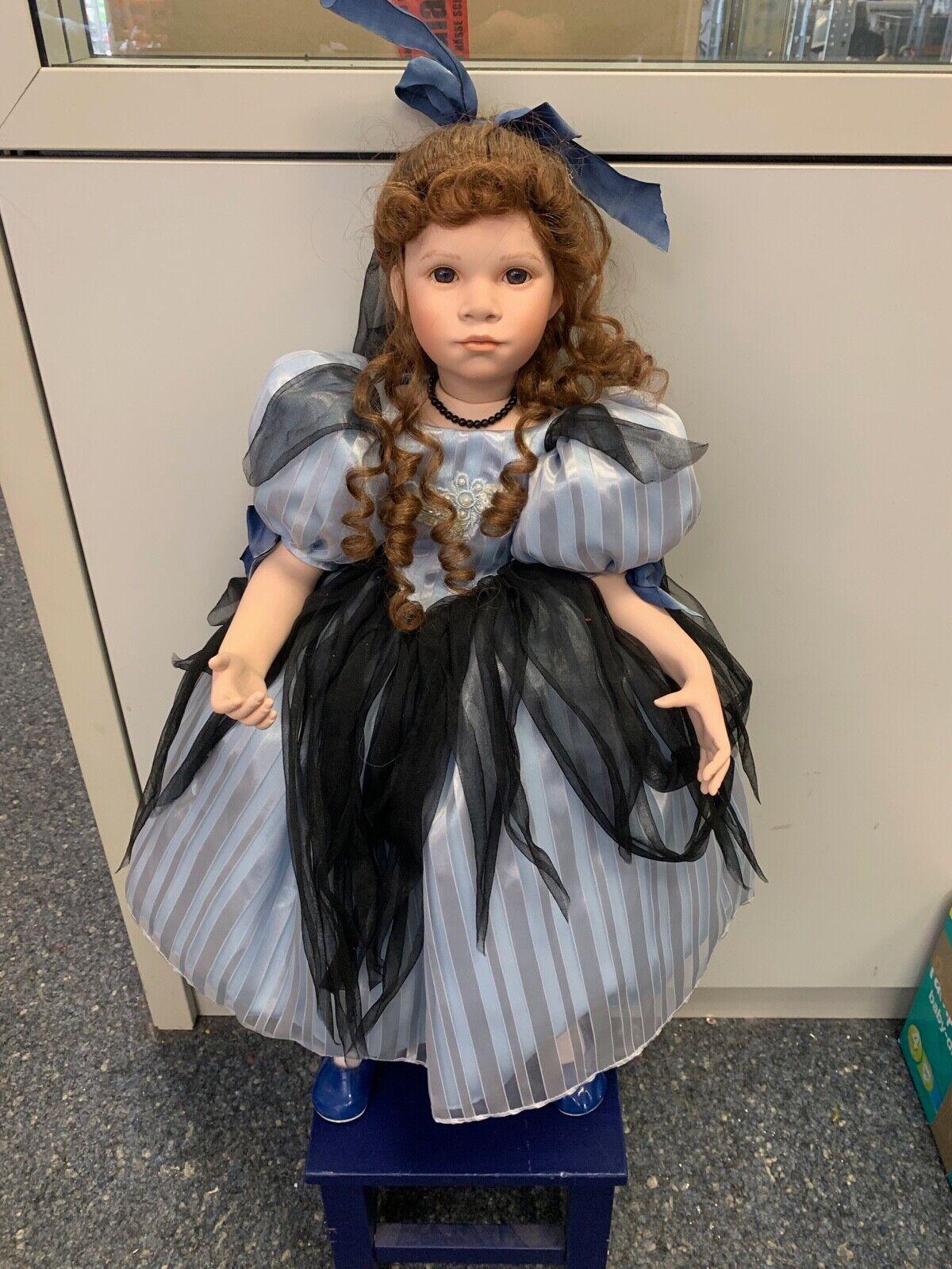 Il Kase Lepp bambola di  porcellana 70 CM. OTTIMO stato  vendita scontata