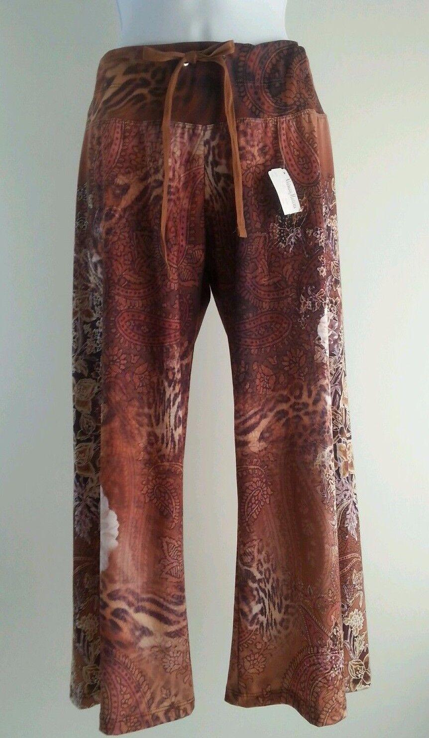 NWT Claire Pettibone blue Size S Brown Capri Pants Yoga Lounge Paisley Floral