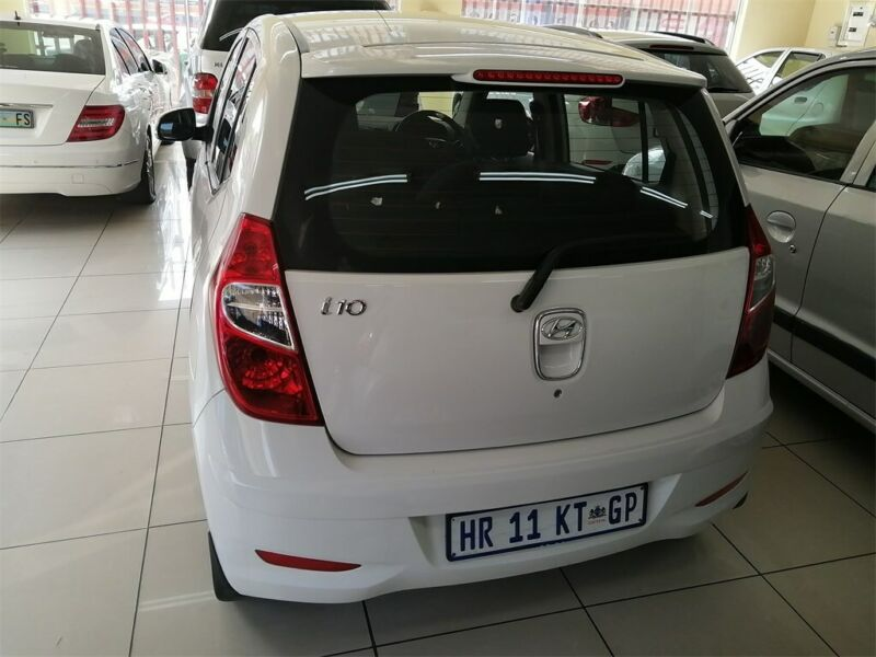 2016 Hyundai Grand i10 1.2 Fluid, White with 40000km available now!