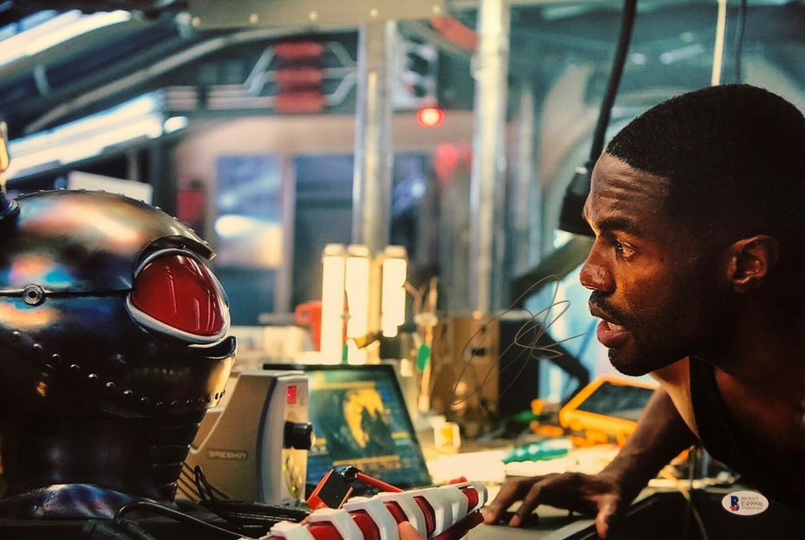 Yahya Abdul-Mateen II Signed 12x18 Photo *Black Manta Beckett BAS E49996